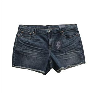 "Gap Denim 5"" Stretch Mid Rise Jean Shorts"